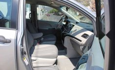 Toyota Sienna 2013 5p CE aut-13