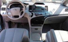 Toyota Sienna 2013 5p CE aut-10
