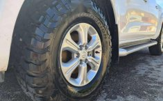 Nissan Np300 Frontier Platinum-3
