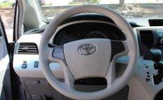 Toyota Sienna 2013 5p CE aut-5