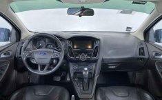 Ford Focus-23