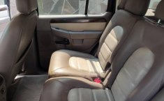 Ford Explorer 2003 4x4-11