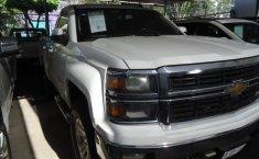 Chevrolet Cheyenne Pick Up-0
