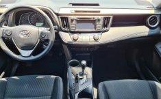 Toyota RAV4-15