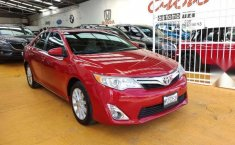 Toyota Camry 2013 XLE-12