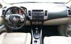 Mitsubishi Outlander 2008 Máximo Lujo Quemacocos 3Filas de Asientos Piel Rines CD Pantalla DVD-10