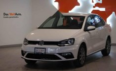 Volkswagen Vento 2020 4p Comfortline Plus Std.-17