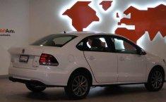 Volkswagen Vento 2020 4p Comfortline Plus Std.-14