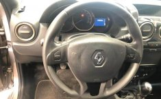 Renault Duster Intens 2.0 T/M-8