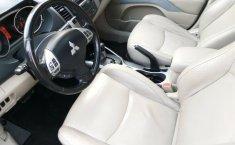 Mitsubishi Outlander 2008 Máximo Lujo Quemacocos 3Filas de Asientos Piel Rines CD Pantalla DVD-2