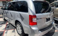 CHRYSLER TOWN & COUNTRY LIMITED 2011-4