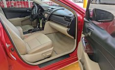 Toyota Camry 2013 XLE-2