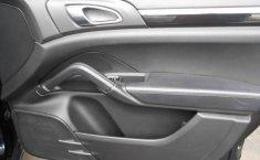 Porsche Cayenne-0