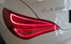 Mercedes Benz Clase CLA-19