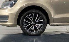 Volkswagen Vento-22