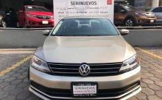 Volkswagen Jetta 2016 2.5 Trendline Mt-14