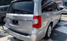 CHRYSLER TOWN & COUNTRY LIMITED 2011-13