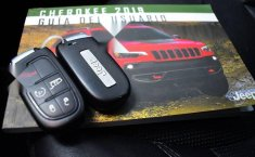 Jeep Cherokee 2019 3.2 Limited At-14