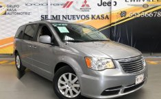 Chrysler Town & Country 2016 3.6 Touring At-10