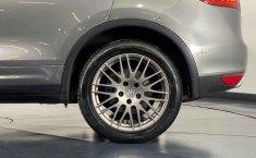 Porsche Cayenne-18