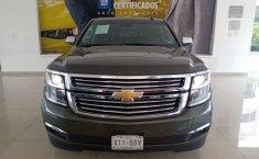 Chevrolet Suburban-5