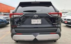 Toyota RAV4 Adventure-11