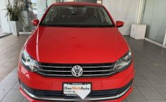 Volkswagen Vento 2018 4p Comfortline L4/1.6 Man-9