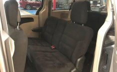 Chrysler Town & Country 2016 3.6 Touring At-7