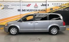 Chrysler Town & Country 2016 3.6 Touring At-6