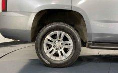 Chevrolet Tahoe-3