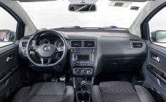 Volkswagen Crossfox-9