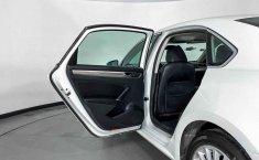Volkswagen Passat-6