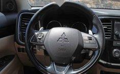 Mitsubishi Outlander 2017 5p Limited L4/2.4 Aut-5