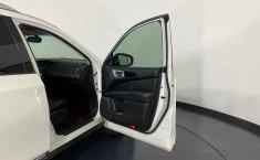Nissan Pathfinder-8