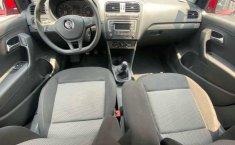 Volkswagen Vento 2018 4p Comfortline L4/1.6 Man-1