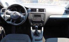 Volkswagen Jetta 2017 4p Trendline L5/2.5 Man-1