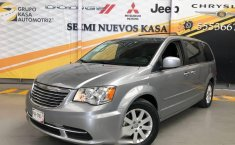 Chrysler Town & Country 2016 3.6 Touring At-1