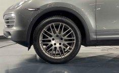 Porsche Cayenne-5