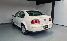 Volkswagen Jetta Clásico-1