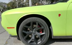 Dodge Challenger-4