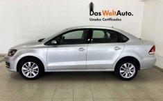 Volkswagen Vento 2020 4p Comfortline L4/1.6 Man-12