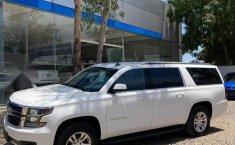 Chevrolet Suburban 2016 5.3 V8 LS Tela At-9