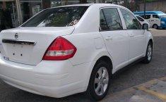 Nissan Tiida-12