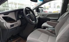 Toyota Sienna 2016 3.5 Le At-11