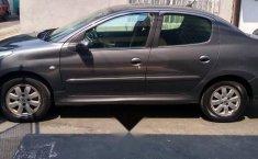 Peugeot 2011 sedán 207-9