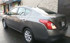 Nissan Versa 2012 Advance Equipado Eléctrico Rines Aire/Ac Faros Antiniebla CD-9