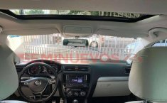 Impecable VW Jetta 2016 Sport Manual, Quemacocos.-9