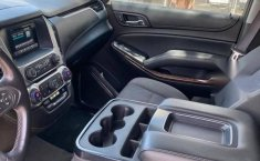 Chevrolet Suburban 2016 5.3 V8 LS Tela At-8