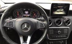 Mercedes Benz GLA 200-7