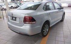 Volkswagen Vento 2020 4p Comfortline L4/1.6 Aut-8
